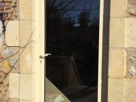 Installation porte,Installation rénovation portes et fenêtres, porte de garages, portail